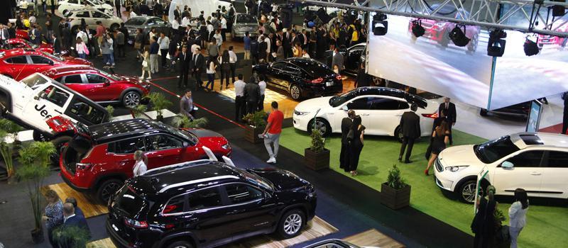 Dos caras en el sector automotor | Revista Líderes